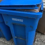 Blue Recycling Cart at 4252 N Claremont Ave